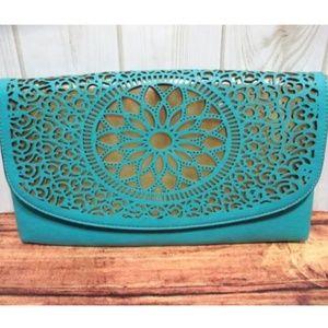 NEW Melie Bianco Clutch Handbag Die Cut Gold Chain